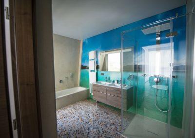 Badezimmer Penthouse_3D Walkin Dusche_Boutiquehotel_Wörthersee