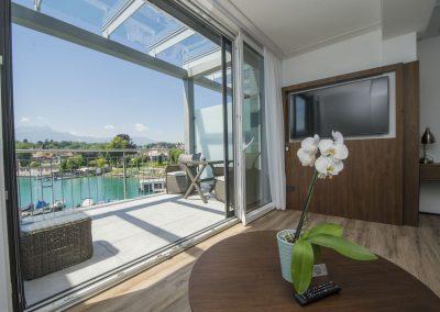 Suite Terrasse_direkter Seeblick_Boutiquehotel_Wörthersee