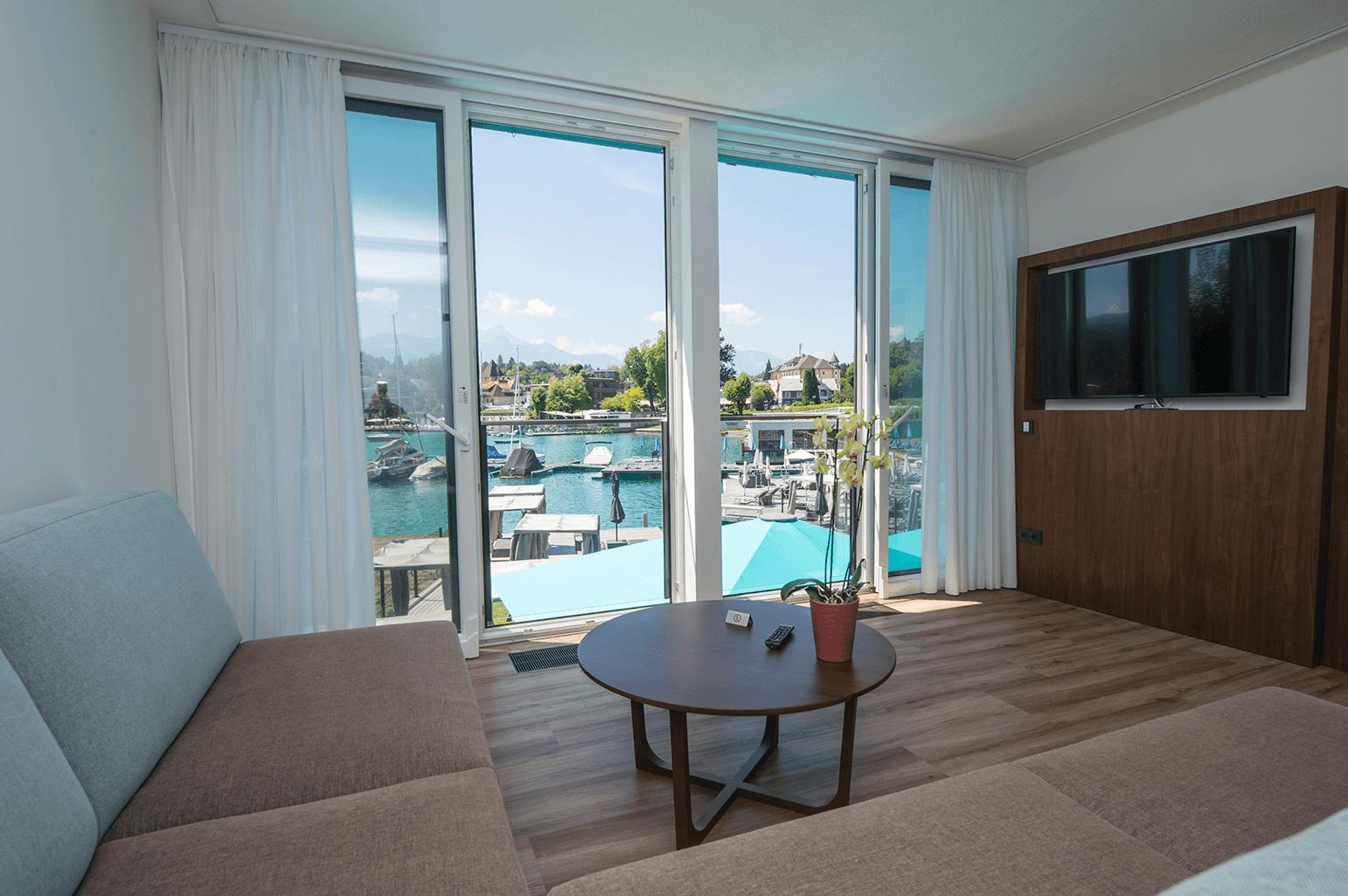 Suite_Erdgeschoß_französischer Balkon_Boutiquehotel_Wörthersee