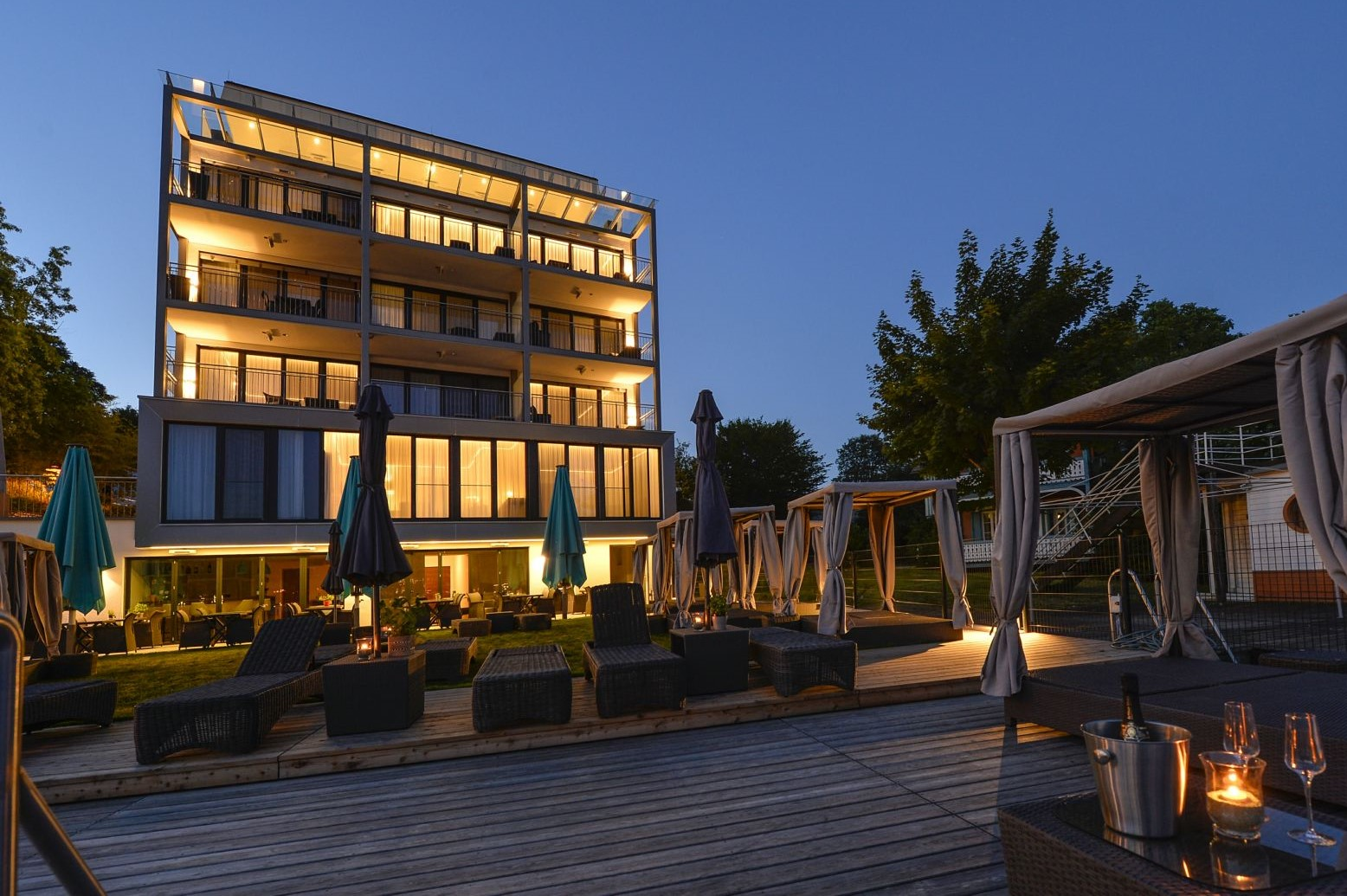 Boutiquehotel w rthersee for Design boutique hotels chalkidiki